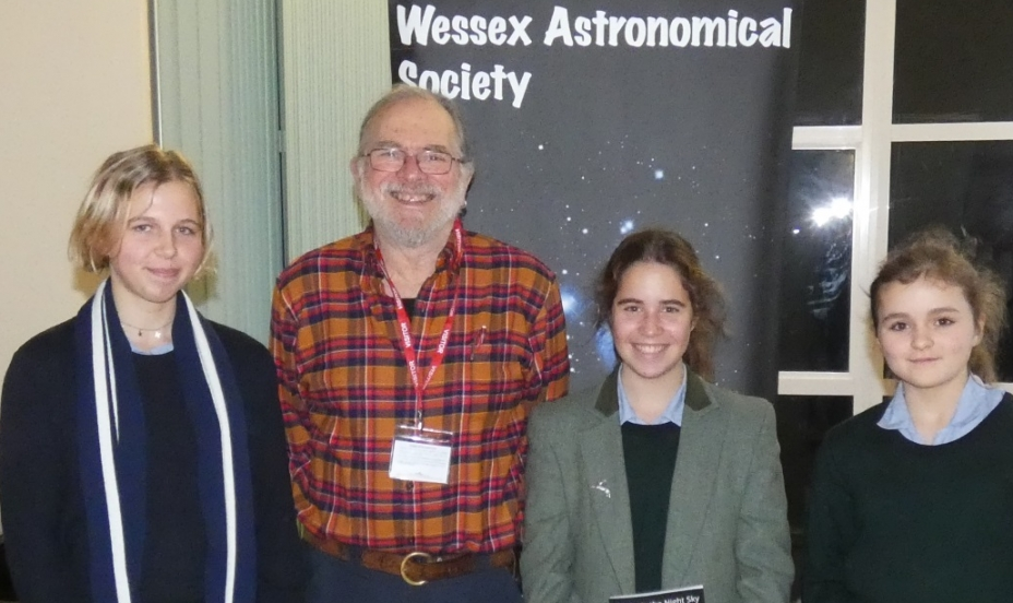 St Mary's Shaftesbury-Pupils Enjoy an Evening of Astronomy